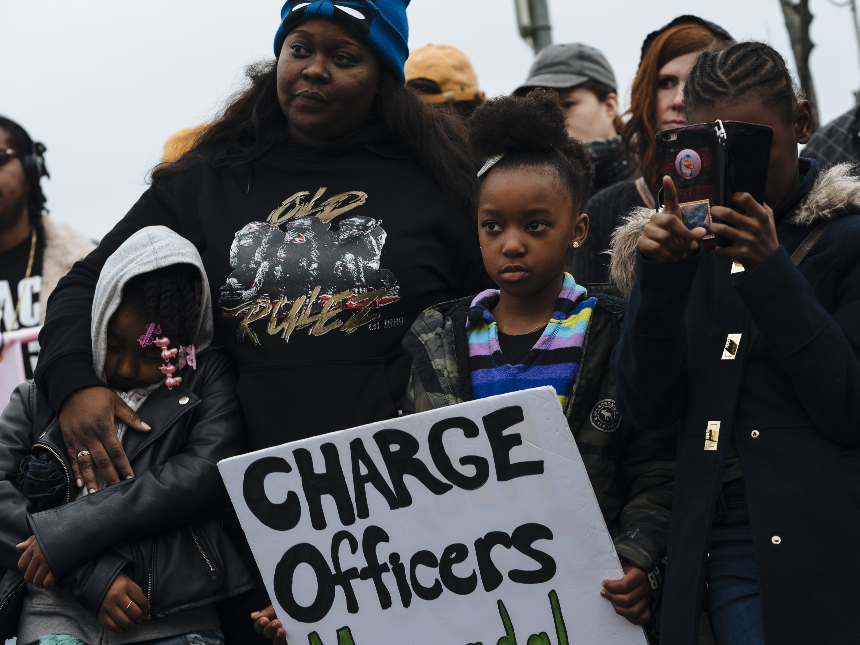 Stephon Clark case exemplifies why communities don't trust cops: Readers sound off