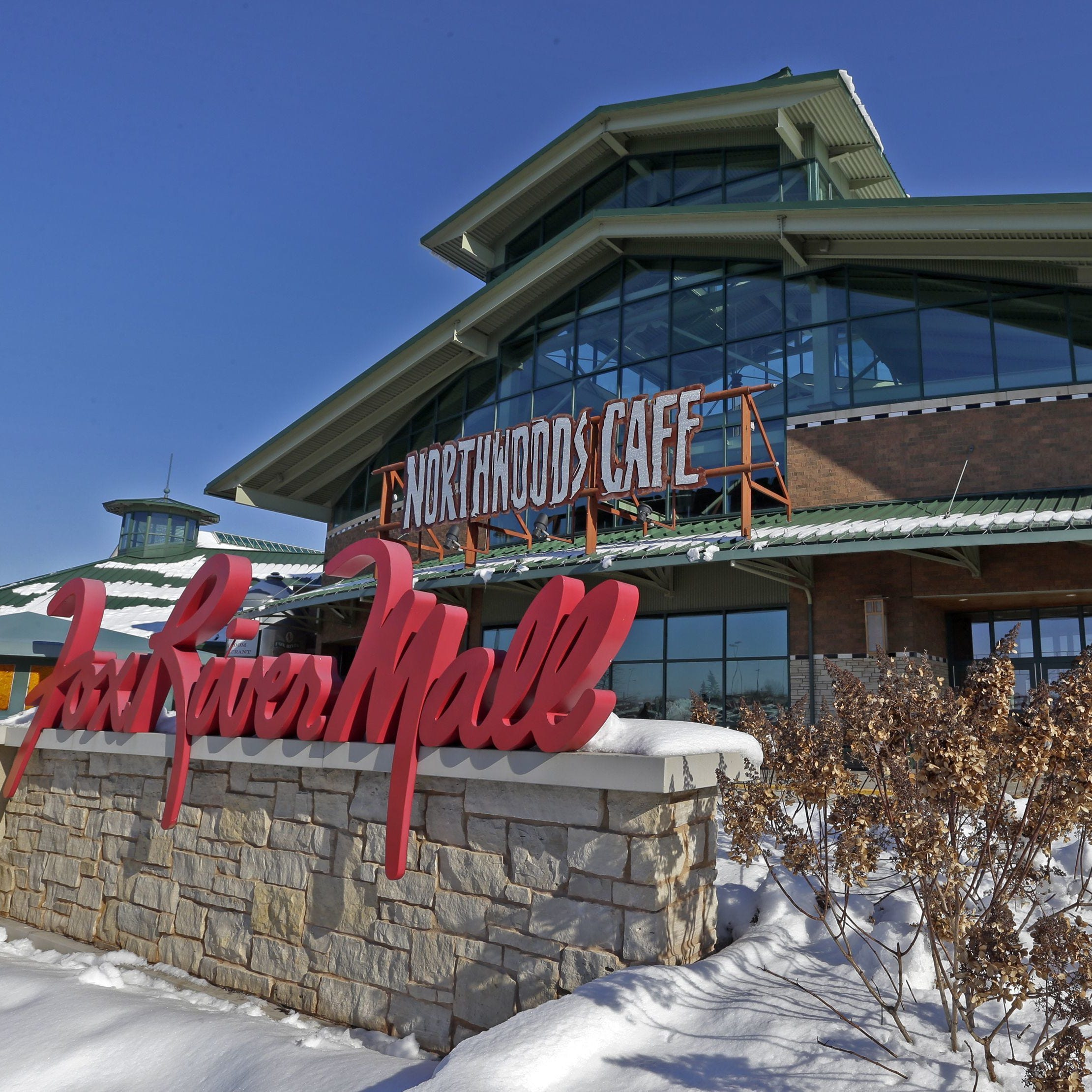 The Buzz: Update on Fox River Mall ins, outs and moves