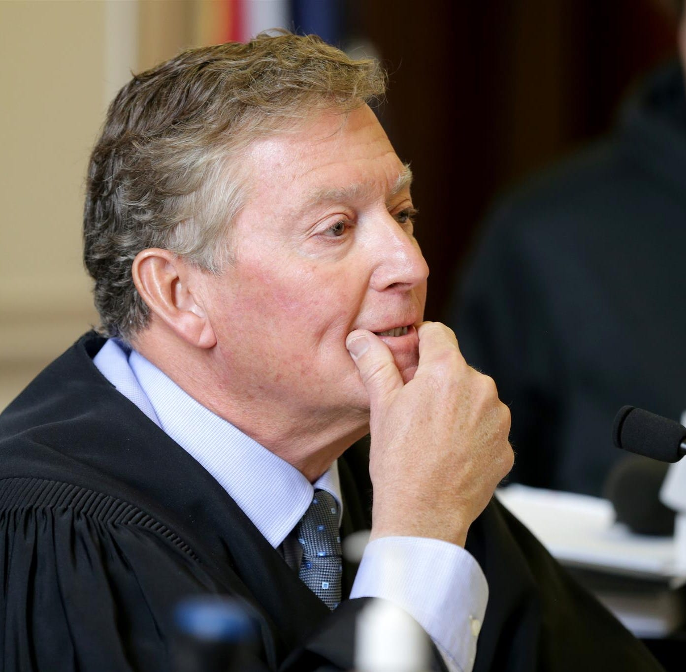 Judge tells City Council's 'Gang of Five' they should apologize and resign over secret texts