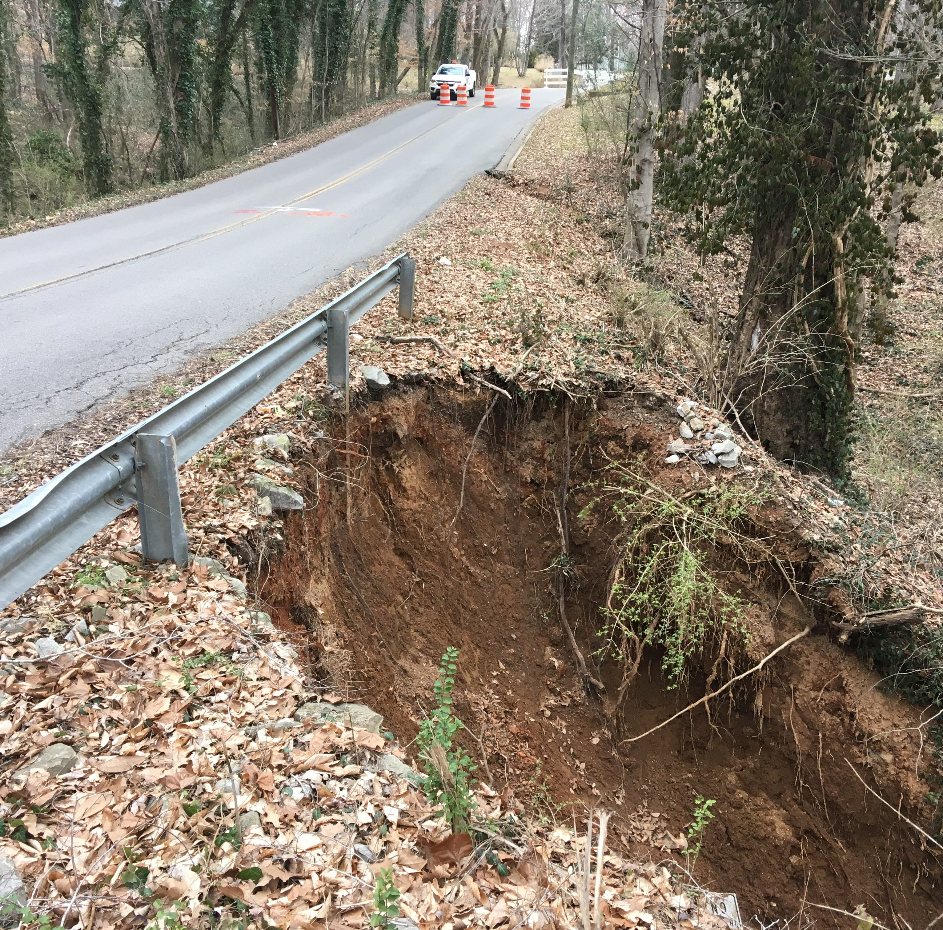 Pipe collapse closes Canterbury Road in Clarksville