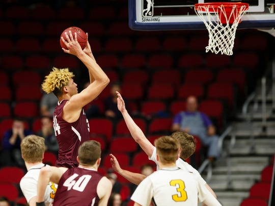 Oskaloosa's Xavier Foster is considering Iowa and Iowa State alongside Baylor, Providence and Virginia Tech.