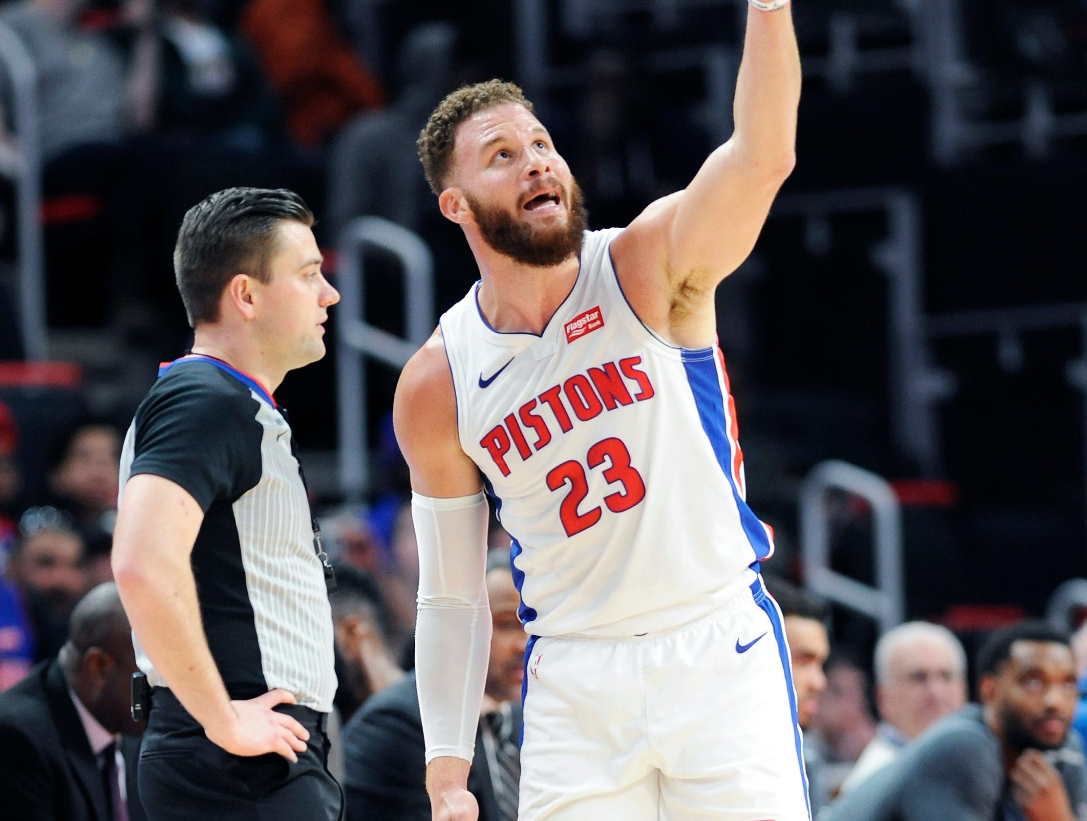 Pistons' Blake Griffin argues a call with referee Gediminas Petraitis in the first quarter.