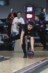 Lexington junior Scott Oliver, shown practicing this past week at Lex Lanes for the state tournament, finished 22nd individually out of 100 boys at Wayne Webb's Columbus Bowl.