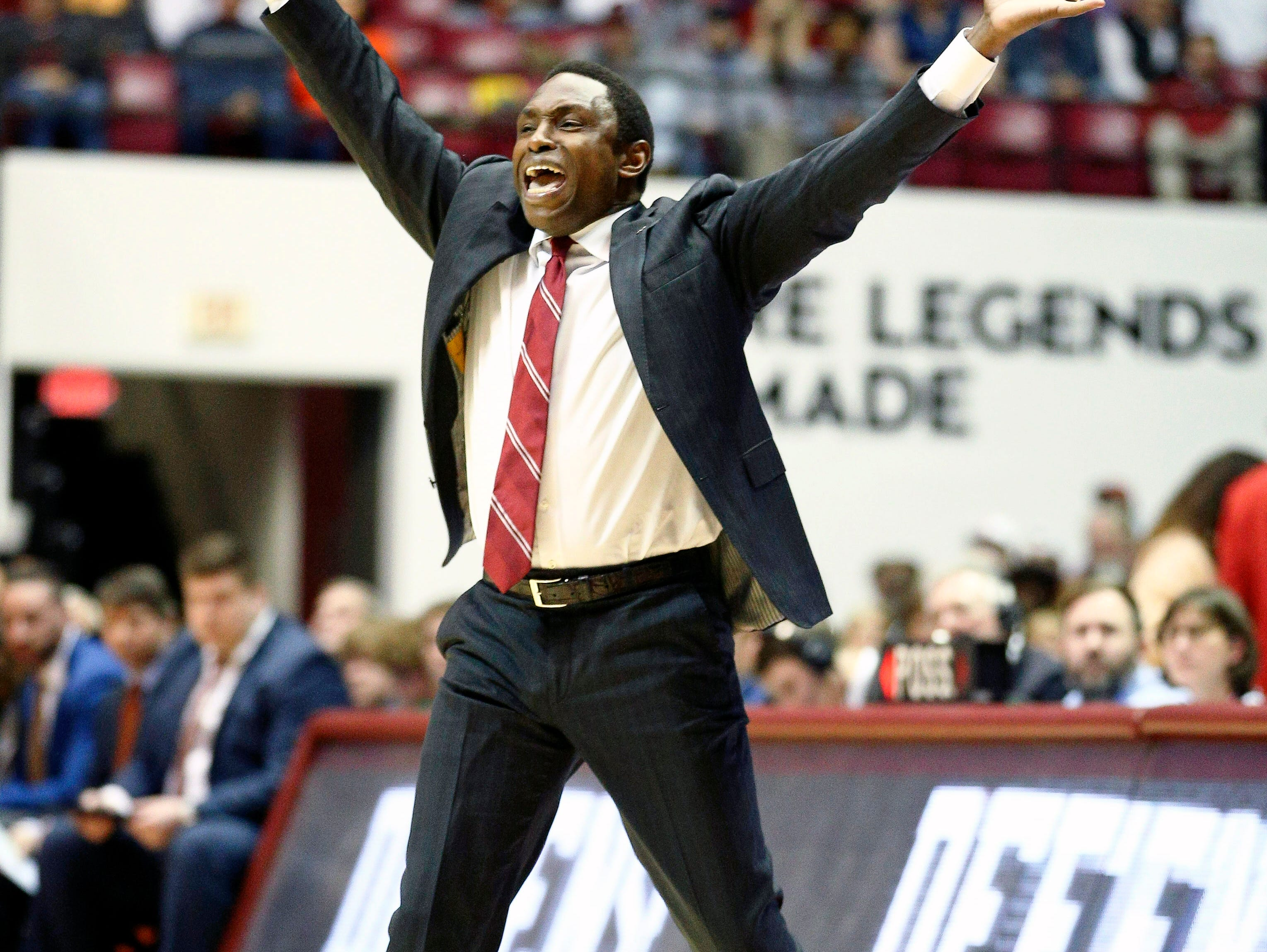 Mar 5, 2019; Tuscaloosa, AL, USA; Alabama Crimson Tide head coach Avery Johnson reacts to his teams play during the first half against Auburn Tigers at Coleman Coliseum. Mandatory Credit: Marvin Gentry-USA TODAY Sports