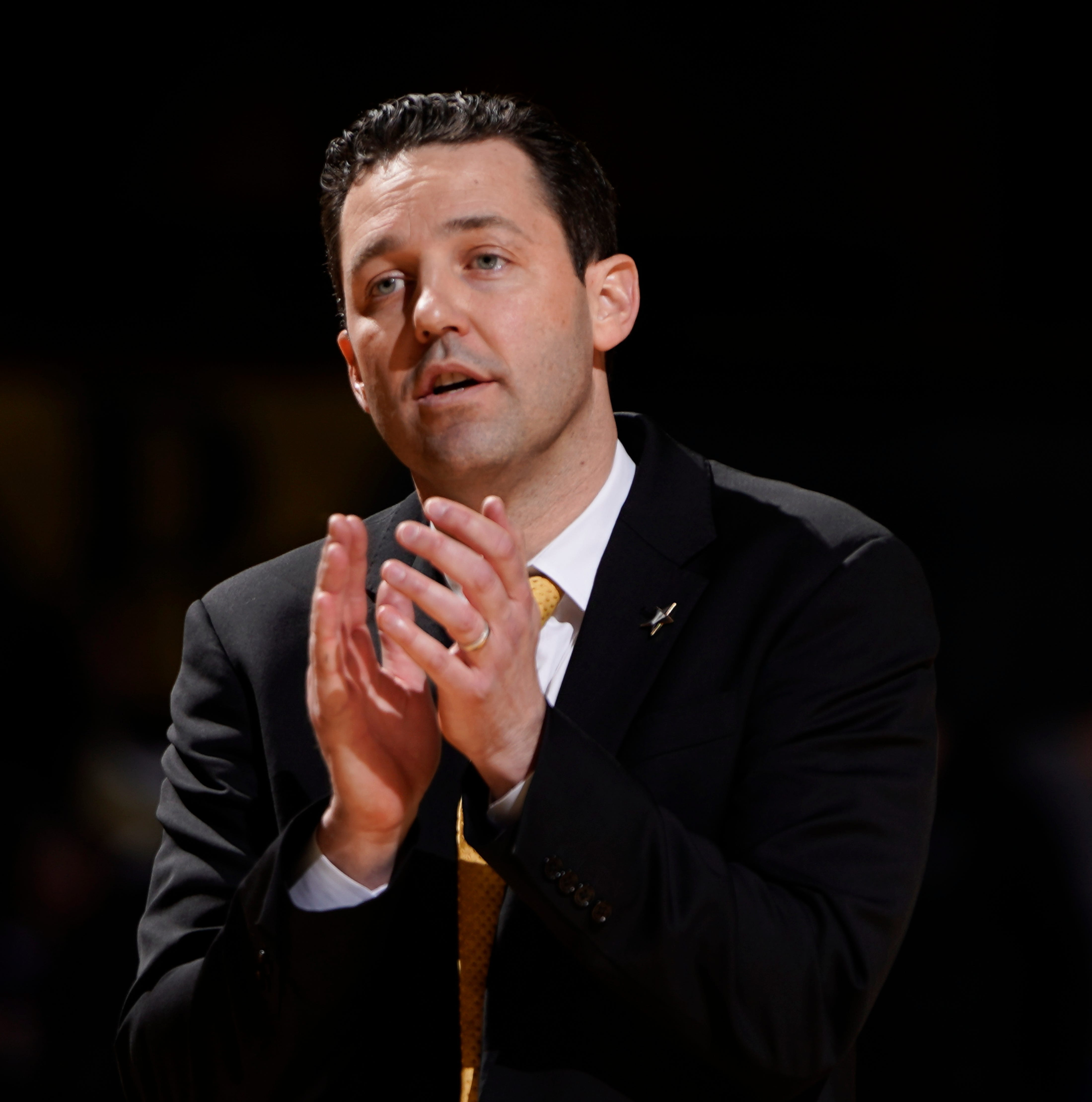 Bryce Drew leads Vanderbilt basketball to worst season ever, so why would next year be better?