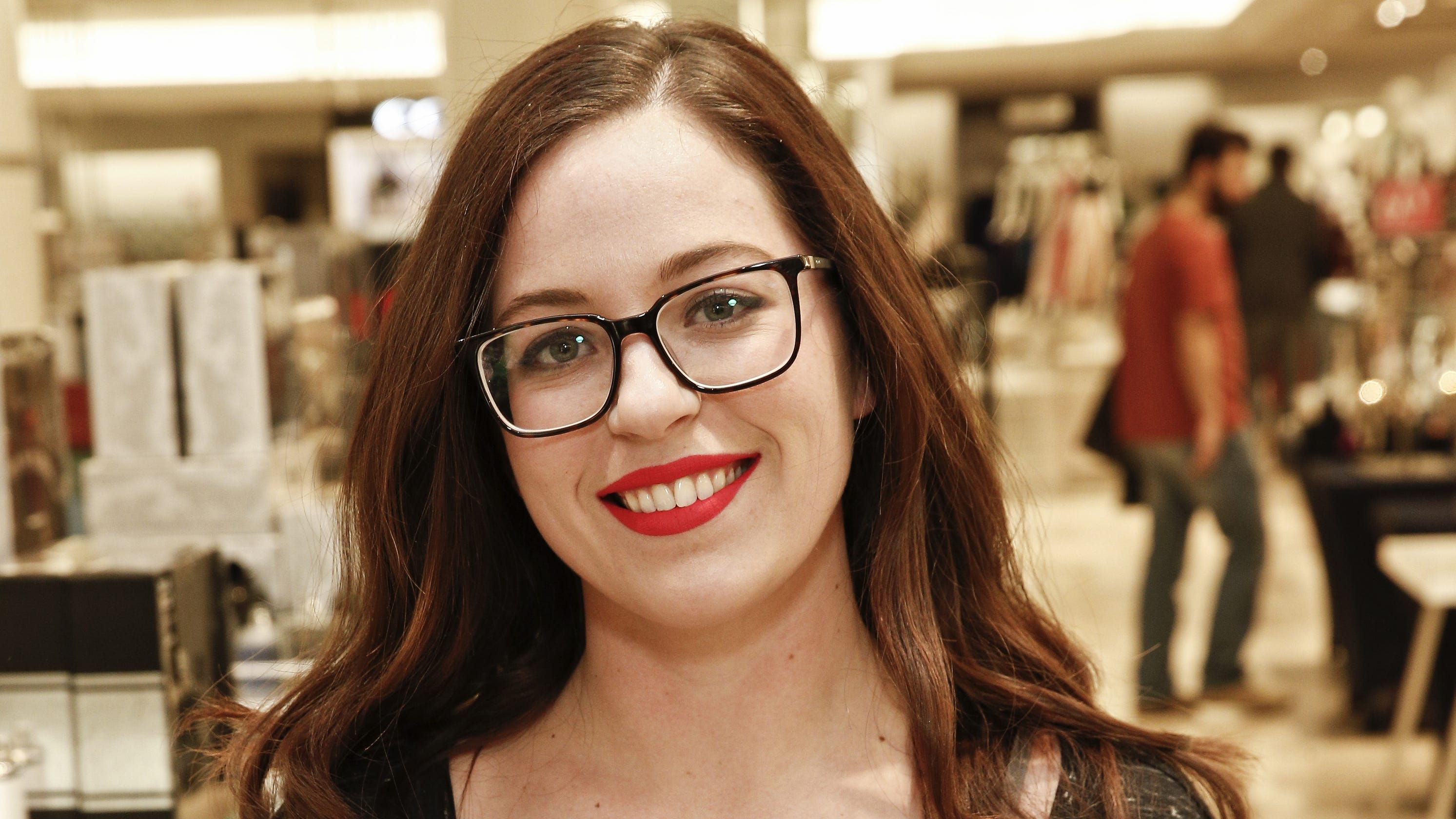 Dr  Pimple Popper meets NJ 'popaholics' at book signing at GSP Lord