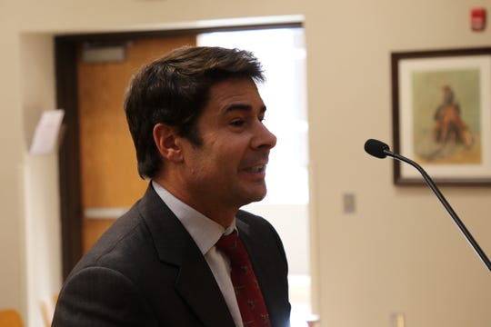 Boutique Airlines CEO Shawn Simpson speaks before the Carlsbad City Council March 7. The council approved 6-1 to continue the Essential Air Service contract with Boutique for another two years.