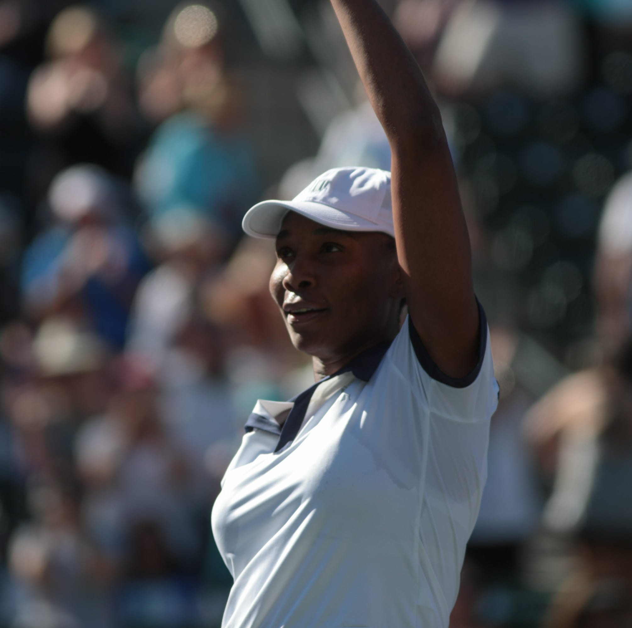 Venus Williams guts out win after needing medical attention in Indian Wells