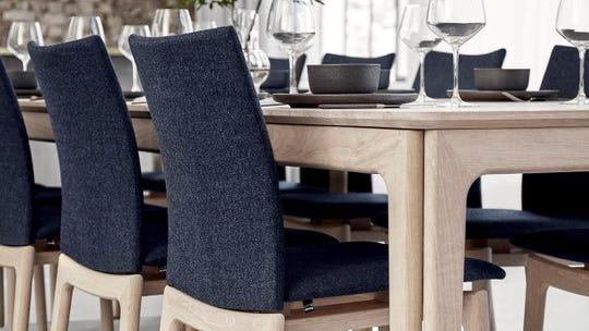 Juno dining table by Skovby of Denmark