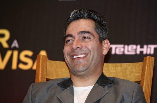 El actor mexicano Omar Chaparro protagoniza 'No Manches Frida 2' a lado de Martha Higareda.