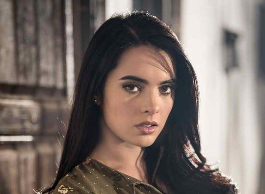 """Scarlet Gruber interpreta a Karla en """"El Desconocido"""": La historia de El Cholo Adrián, la cual se estrenara el 17 de marzo por Cinelatino."""