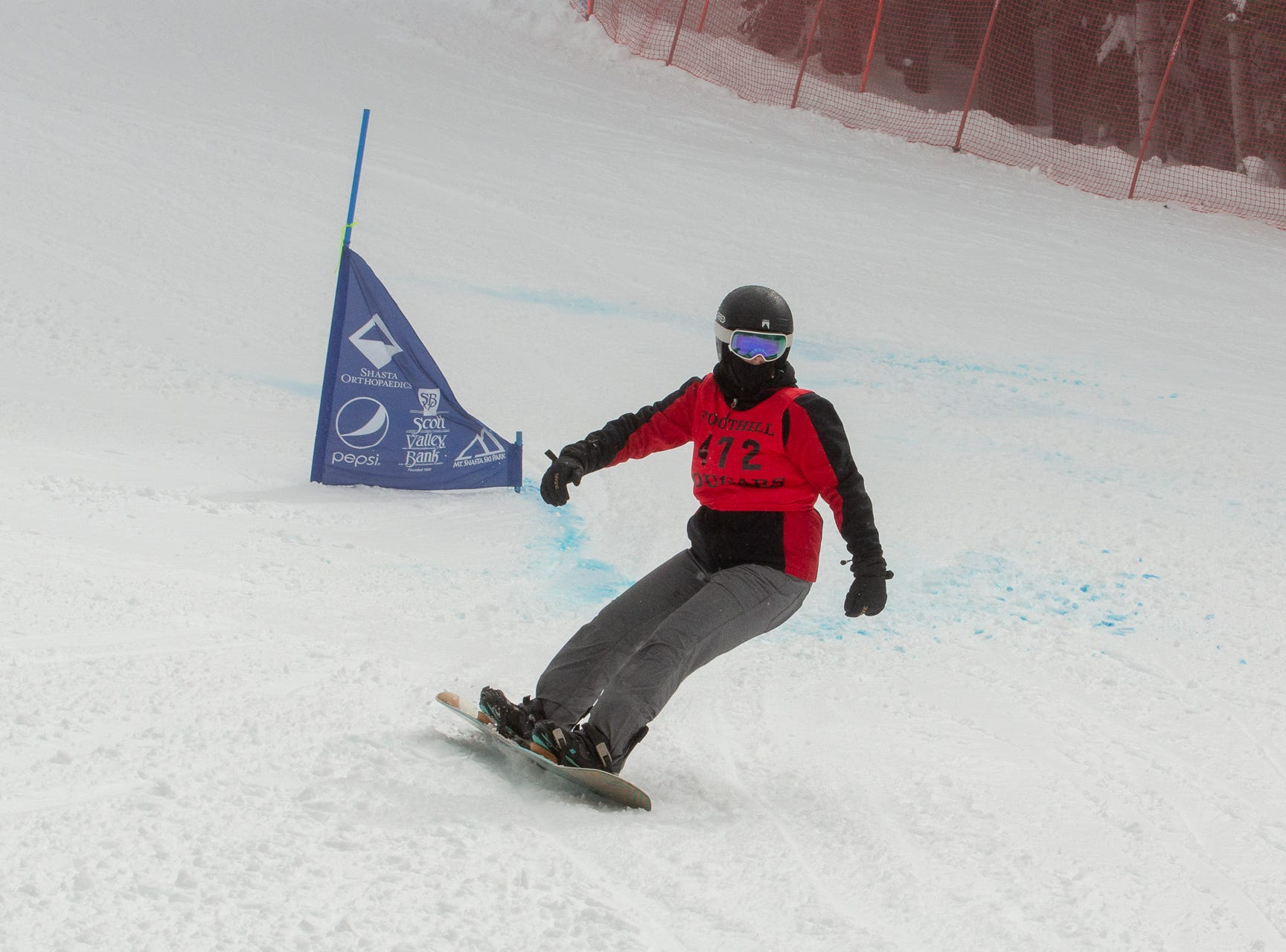 Foothill's Mattie McKee competes in the girls giant slalom at the 2019 snowboard state championships held March 4-5 at Mt. Shasta Ski Park.