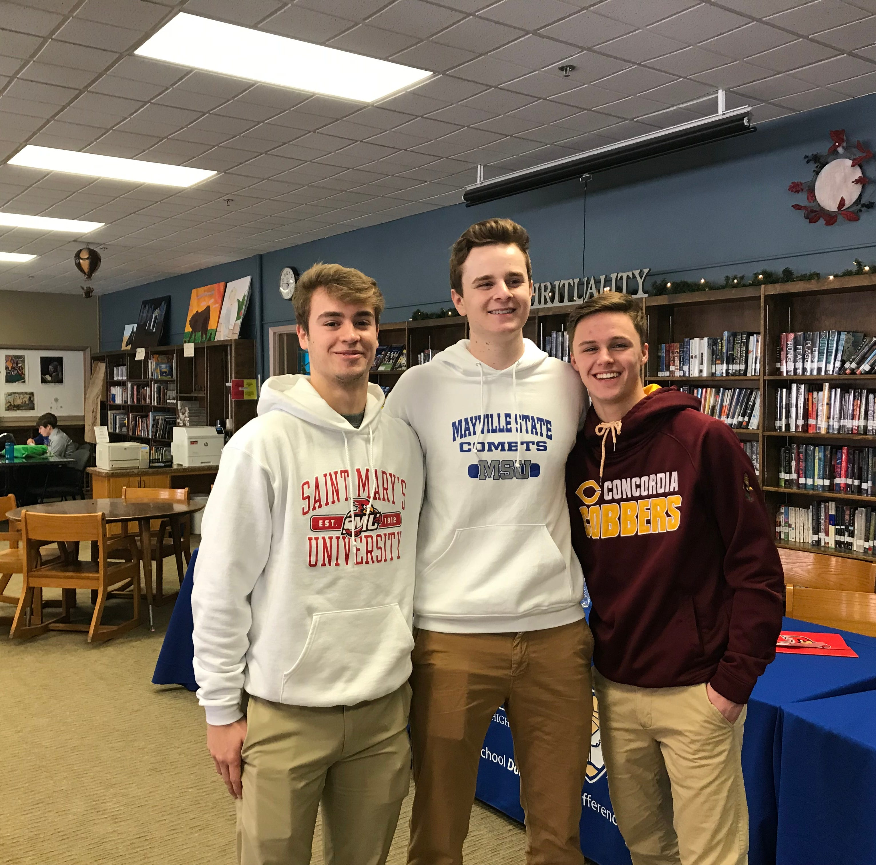 3 Cathedral seniors make college sports commitments