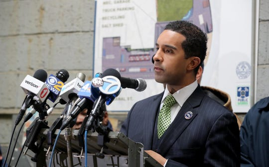 Mount Vernon Mayor Richard Thomas speaks during a news conference at the Department of Public Works May 7, 2019. On Thursday, the city had only one operating sanitation truck picking up garbage throughout the city. Thomas blamed Deborah Reynolds, the city's comptroller, who he said has rebuffed his efforts to purchase or lease new equipment.