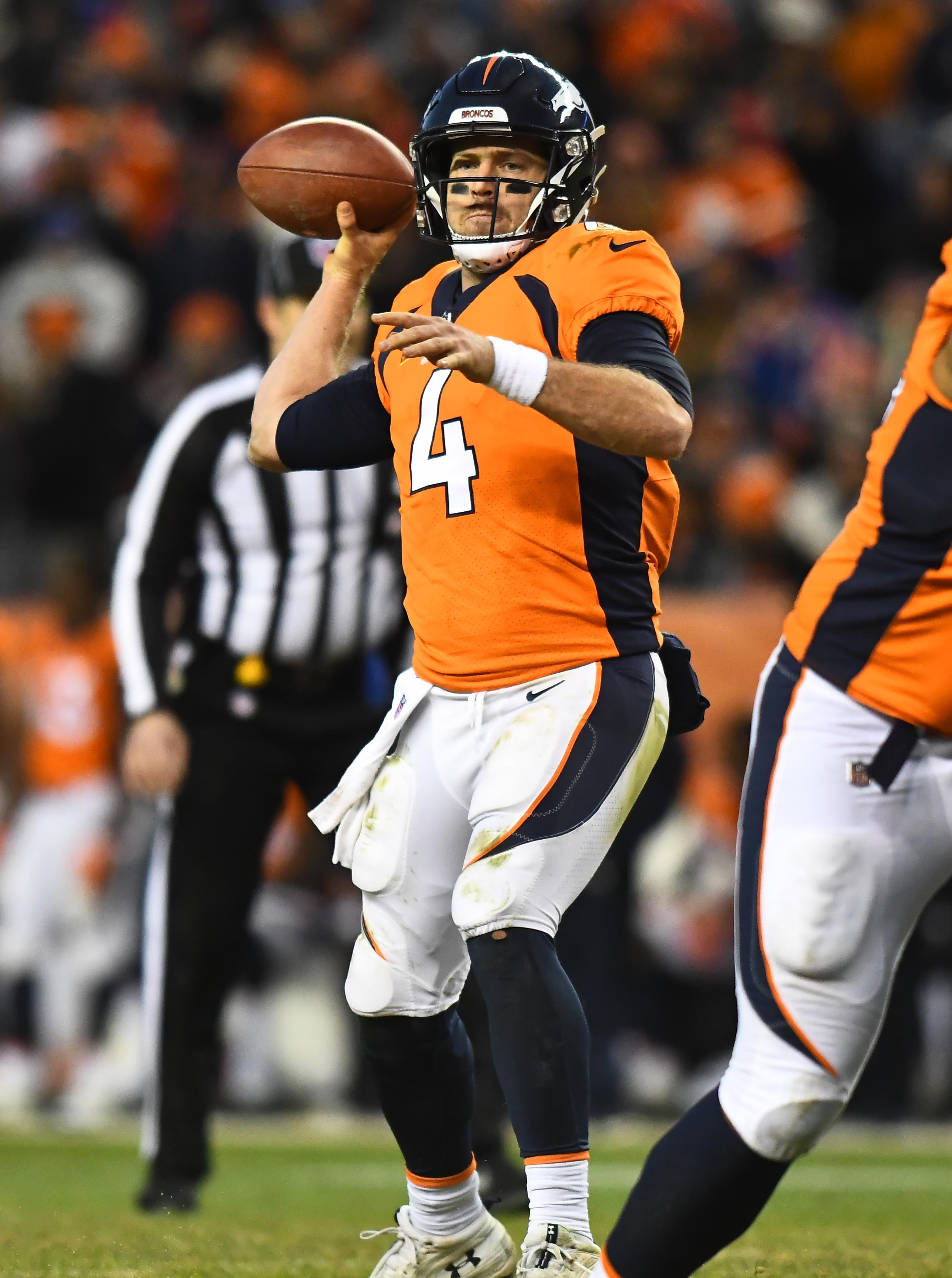 Redskins agree to acquire QB Case Keenum in trade with Broncos