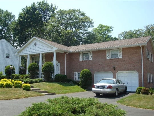 704 Murray Hill Rd., Vestal, was sold for $220,000 on Dec. 26.