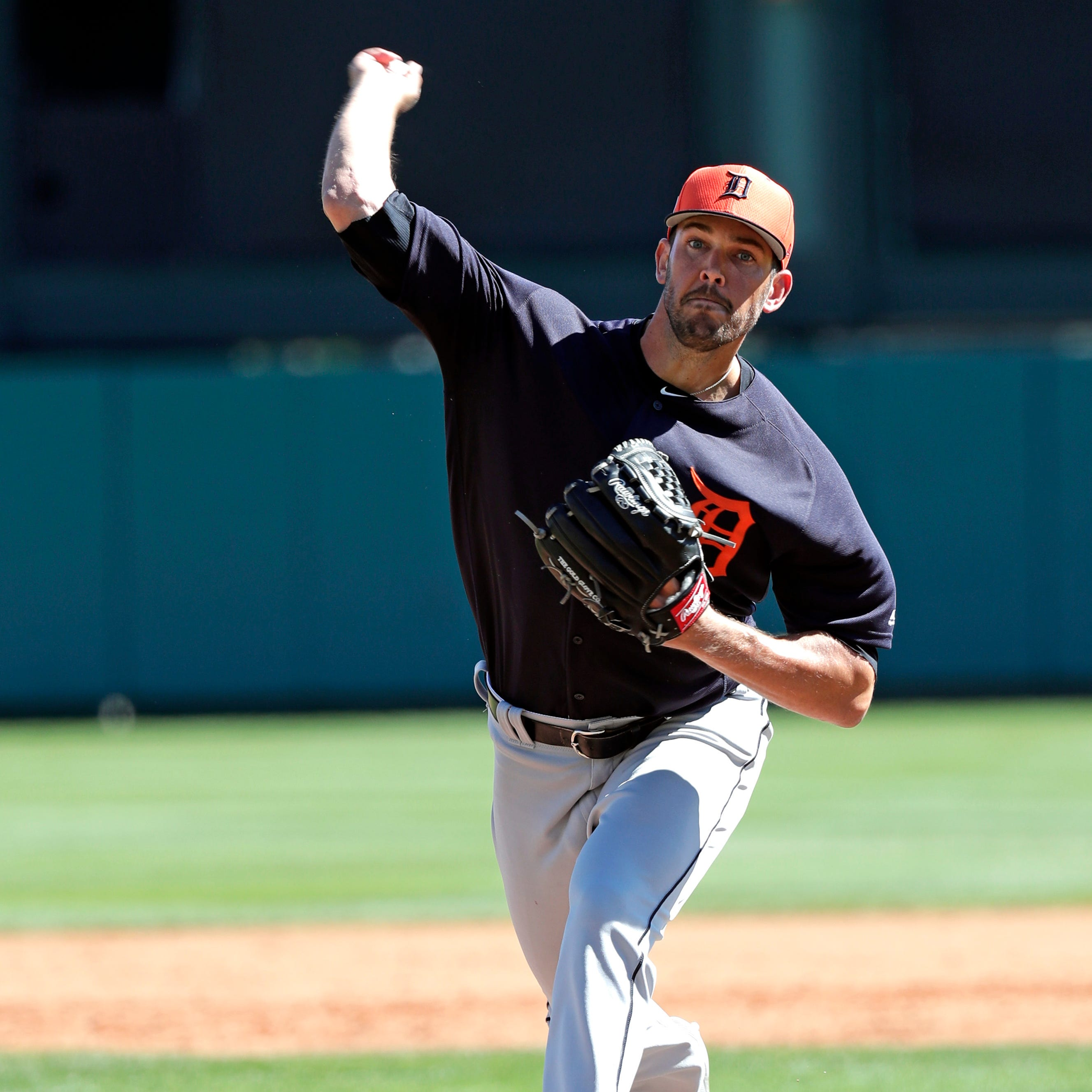 Tigers' VerHagen hopes shoulder issue is just 'spring training cobwebs'
