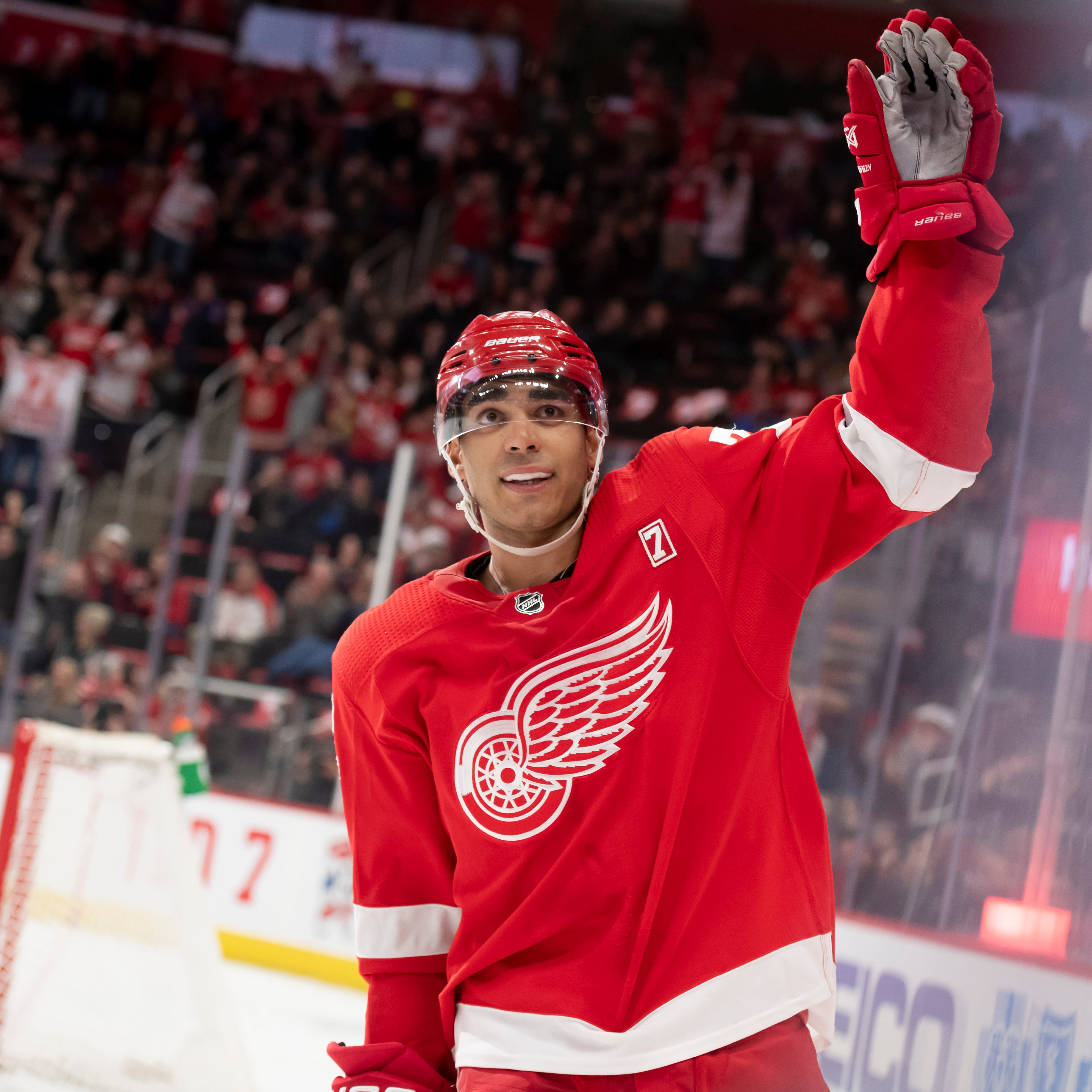 Red Wings go to shootout to defeat Rangers and end winless streak