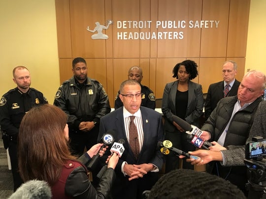 Detroit Police Chief James Craig tells reporters he stands by officer's actions.