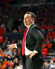 Mar 7, 2019; Champaign, IL, USA; Indiana Hoosiers head coach Archie Miller signals to his team during the first half against the Illinois Fighting Illini at State Farm Center.