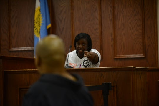 Michela Fowler identifies Billy Wayne Moore during the preliminary hearing for the shooting of Tavoris Bate in Jackson, Tenn. on March 7, 2019.