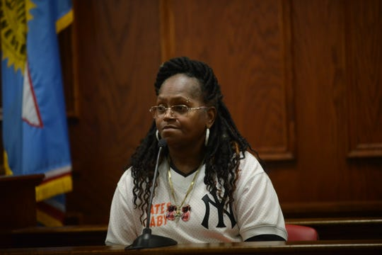 Pamela Bates testifies during the preliminary hearing for the shooting of Tavoris Bates in Jackson, Tenn. on March 7, 2019.