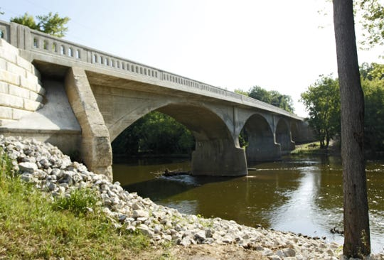 The Hog Point Bridge spans the Tippecanoe River near Americus.