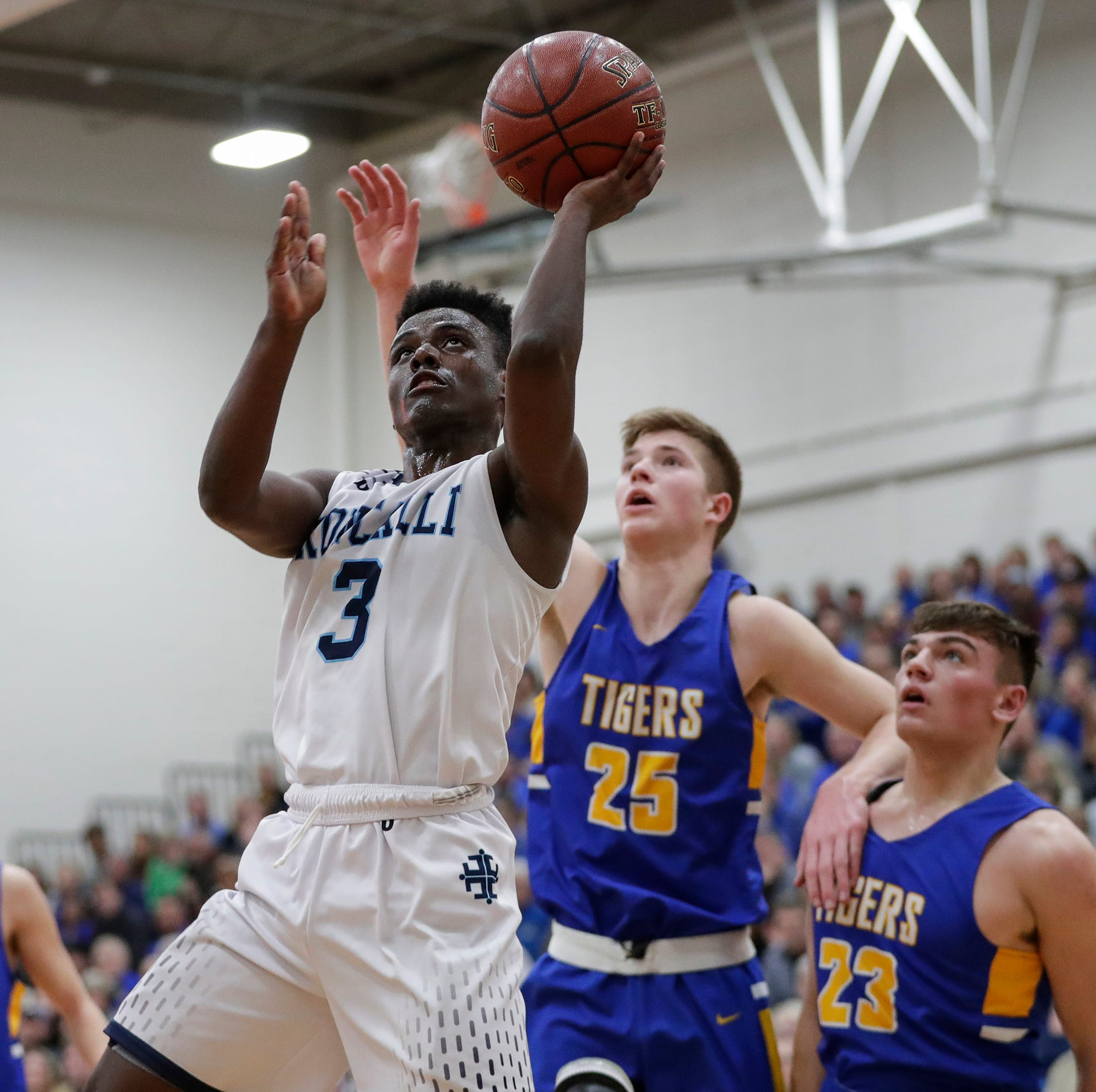 WIAA boys basketball: Roncalli tops Howards Grove, pushes state-best winning streak to 33
