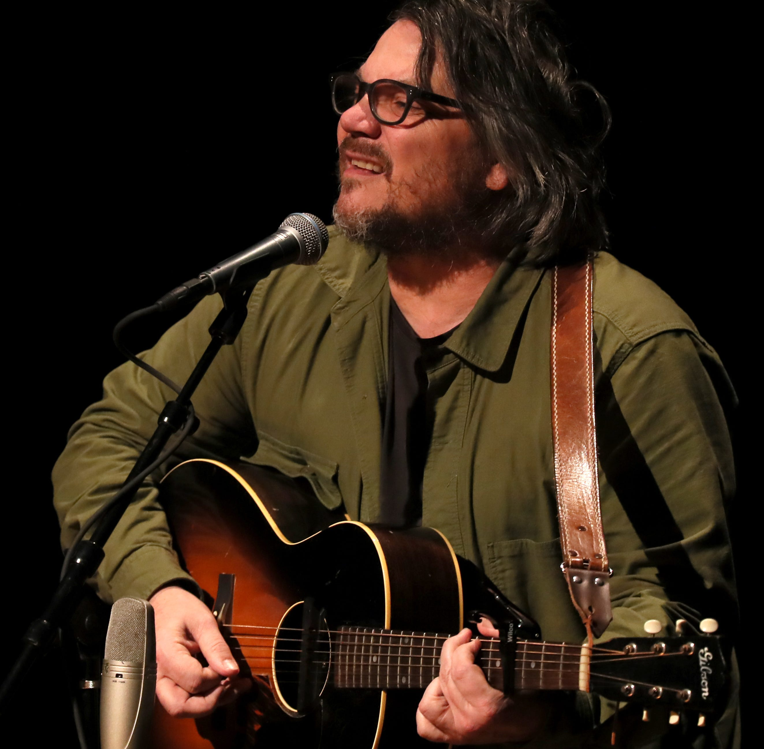 Wilco's Jeff Tweedy delivers three decades worth of songs at sold-out GPAC concert