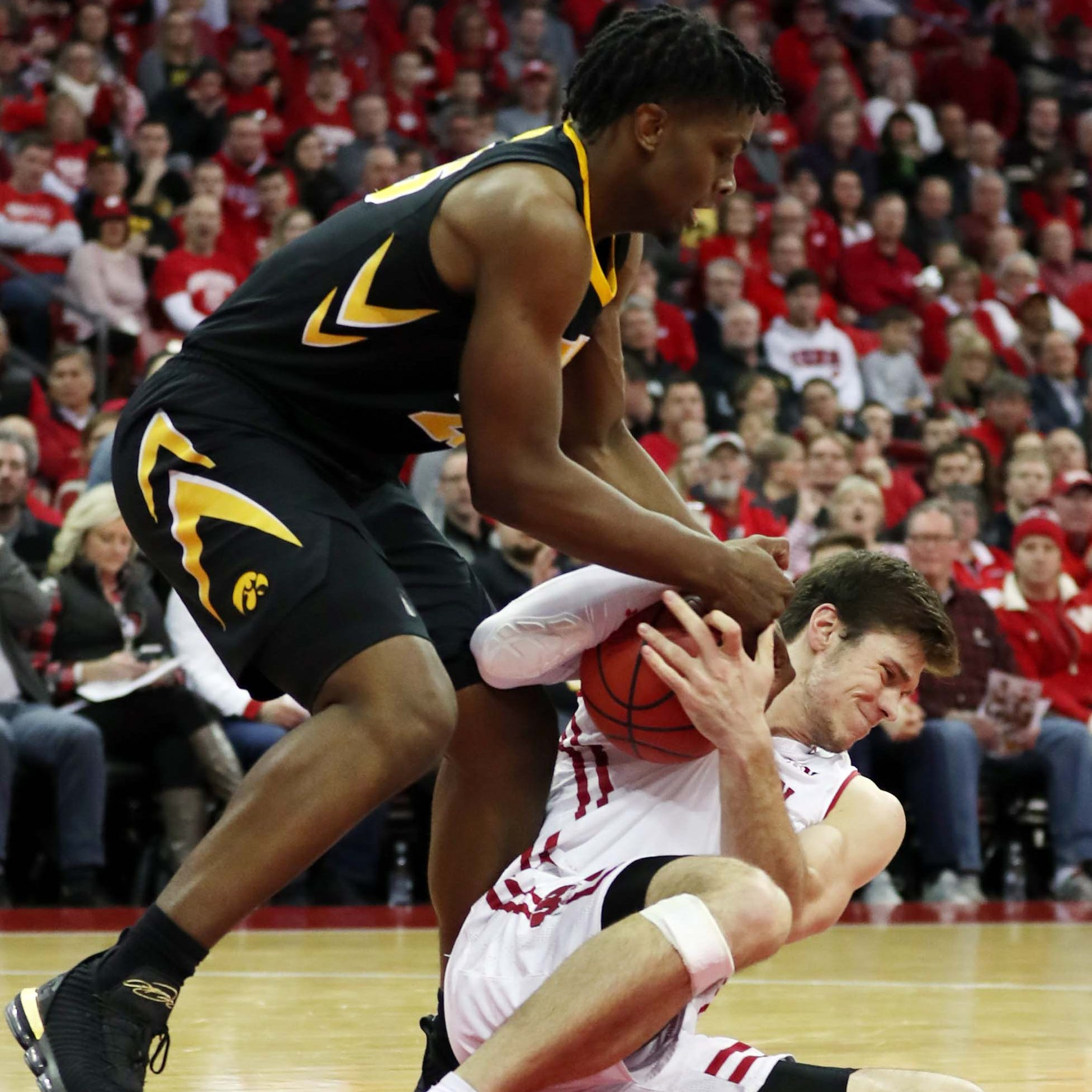 The stats tell the tale: Hawkeyes far too timid to beat Wisconsin