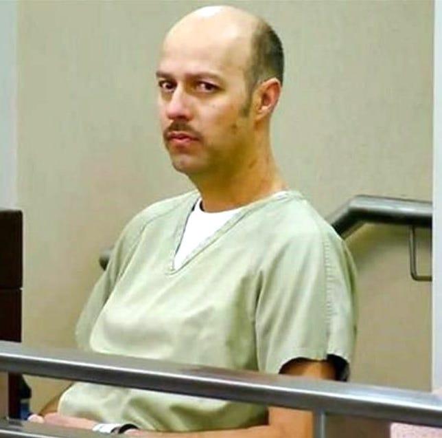 Condenan a Esteban Loaiza a 3 años de cárcel