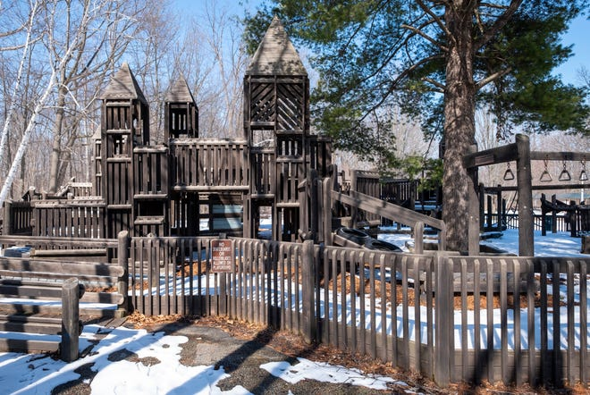 The city of St. Clair is working to raise funds and recruit volunteers to help replace the wooden play structure at Greig Park.