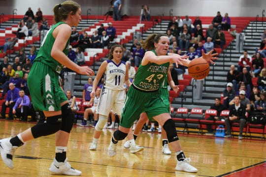 McCook Central/Montrose's Abigail Van Ruler attempts to gain control of the ball during the game against Beresford Thursday, March 7, at Brandon Valley High School in Brandon Valley.