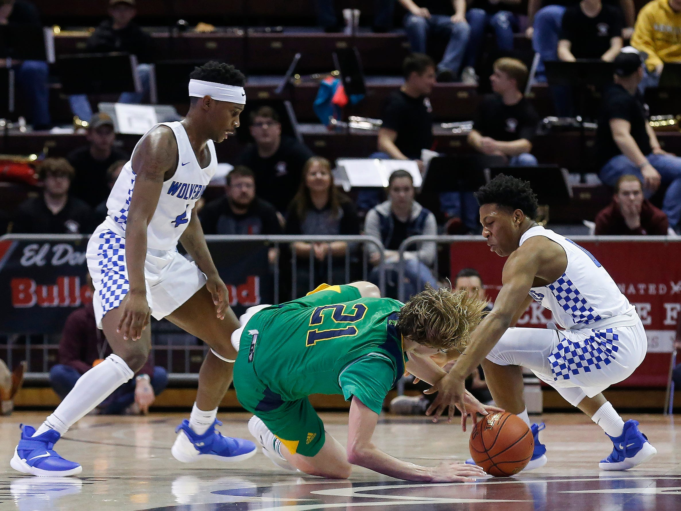 Springfield Catholic fell to Vashon 69-59 in the Class 3 state championship game at JQH Arena on Friday, March 8, 2019.