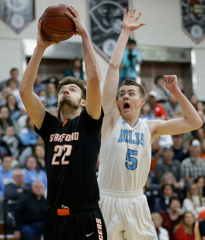 Stratford's Vaughn Breit (22) goes up for a shot against Wisconsin Dells in a Division 3 sectional semifinal on Thursday, March 7, 2019, at Stevens Point Area High School in Stevens Point, Wis. Tork Mason/USA TODAY NETWORK-Wisconsin