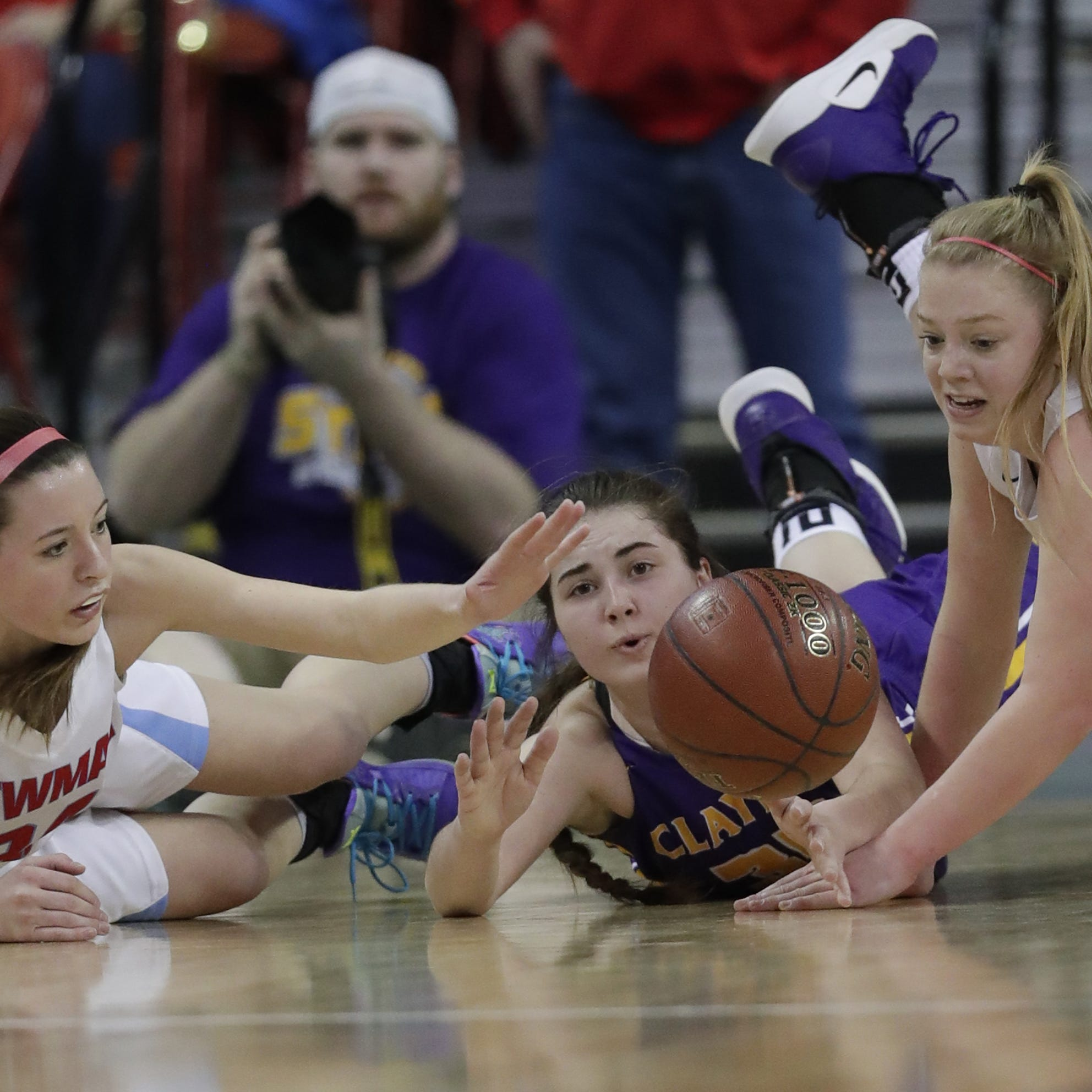 Furious Clayton rally sinks Newman Catholic in WIAA state girls basketball semifinal