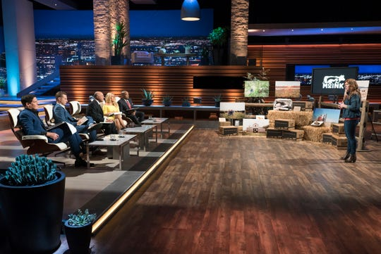 """Lucinda Cramsey pitches the """"Shark Tank"""" sharks (including guest shark Jame Siminoff, second from left) on Moink, a meat subscription-delivery service."""