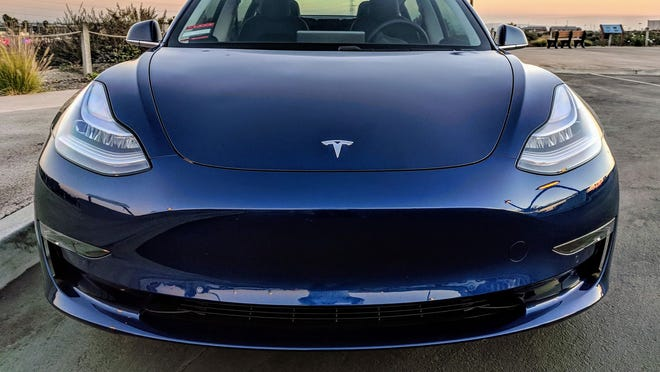 Tesla Model 3 Leasing Introduced While 35000 Version Goes