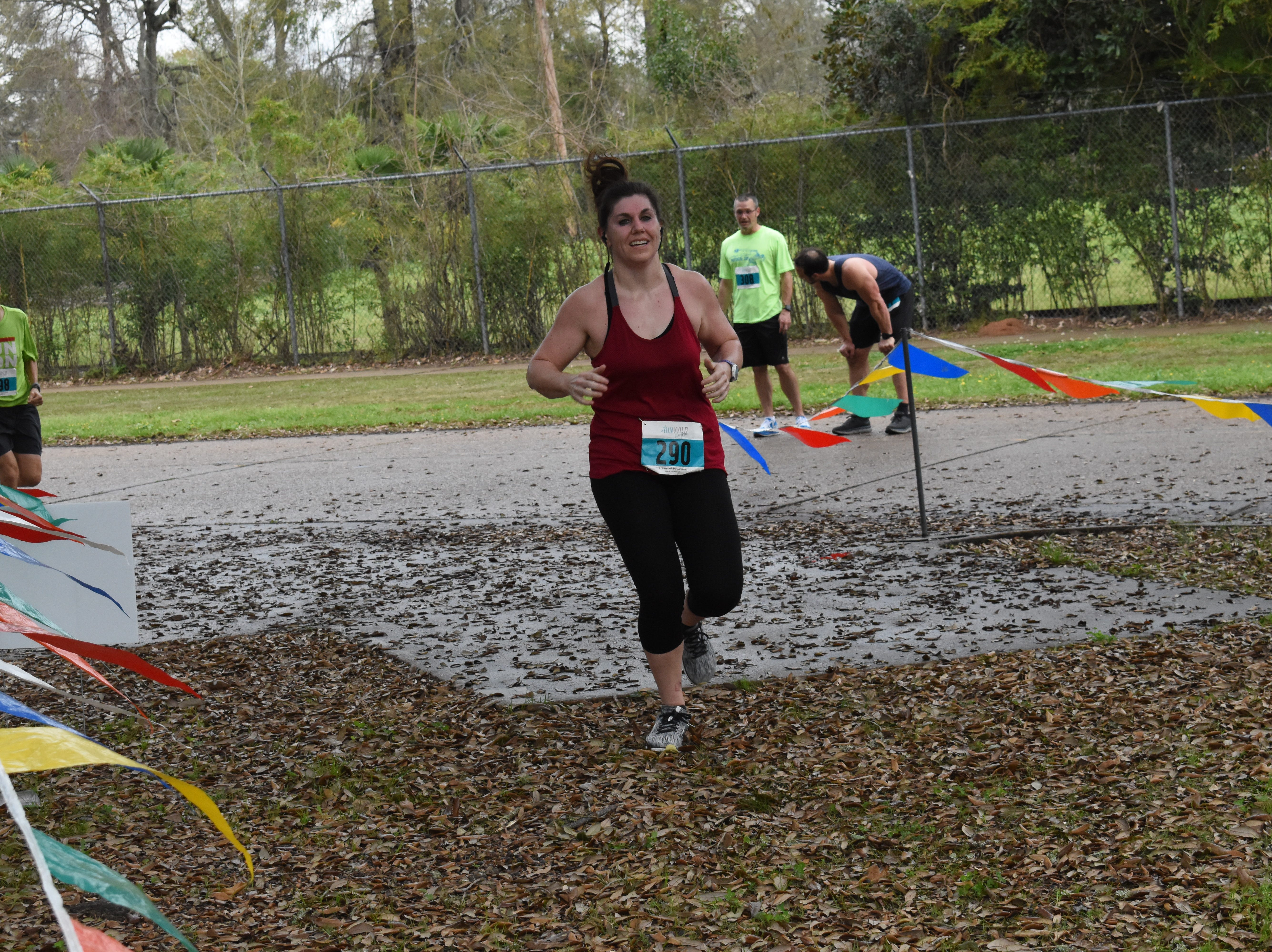 Over 170 runners and participated in the 21st annual Red River Run10K and 1-mile Fun Run held Saturday, March 9, 2019. The six-mile run took runners from the Big Island on Babe Ruth Drive to downtown Alexandria and back to Big Island. Runners and walkers in the 1-mile Fun Run made two loops around the area near Big Island. John Dean placed first with a time of 37:58.7. Trevor Gayten placed second with 38:30.6 and Zachary Luneau placed third with a time of 38:54.5