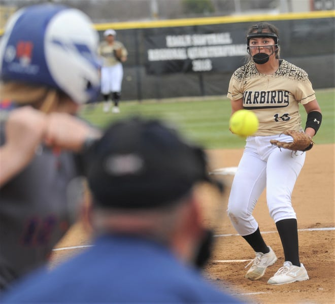 Abilene High pitcher Kaylen Washington throws a pitch to a San Angelo Central batter in the second inning. The Lady Eagles beat Central 6-1 in the District 3-6A game Friday, March 8, 2019, at the AHS softball field.