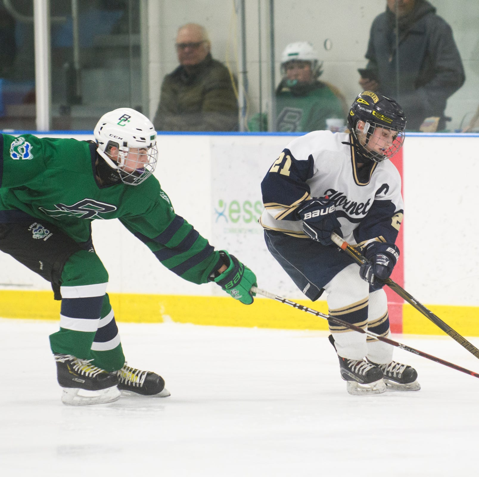 Young reaches 100 career points, Essex girls hockey books D-I title-game spot