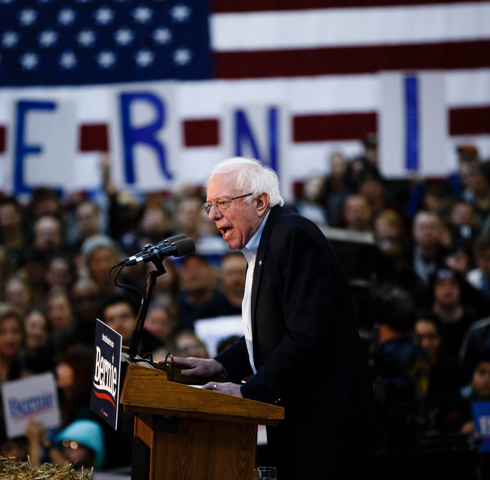 In Iowa, Bernie Sanders pledges he won't 'belittle' other Democrats, will support eventual nominee