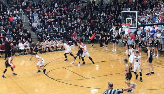 Barr-Reeve and Day School face off in the Class A Loogootee Regional.