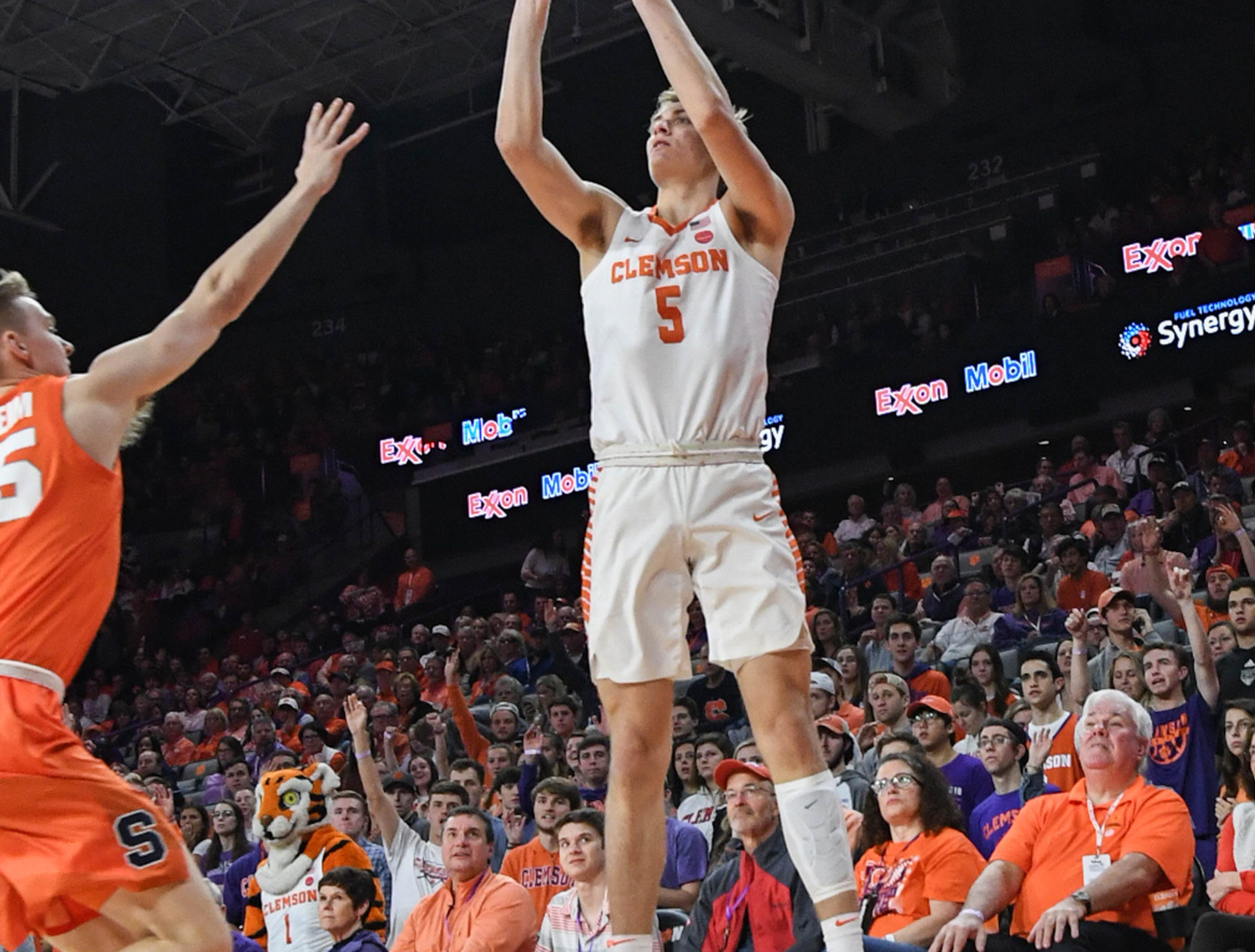 Clemson forward Hunter Tyson(5) shoots against Syracuse during the first half in Littlejohn Coliseum in Clemson Saturday, March 9, 2019.