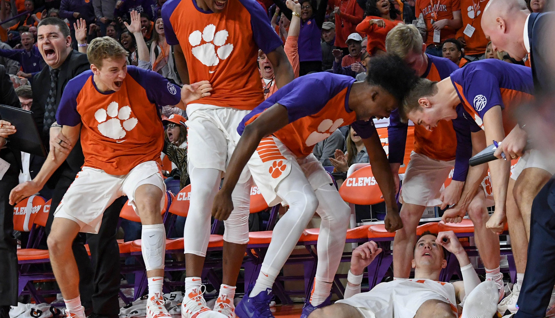 Clemson Basketball Beats Syracuse, Strengthens March