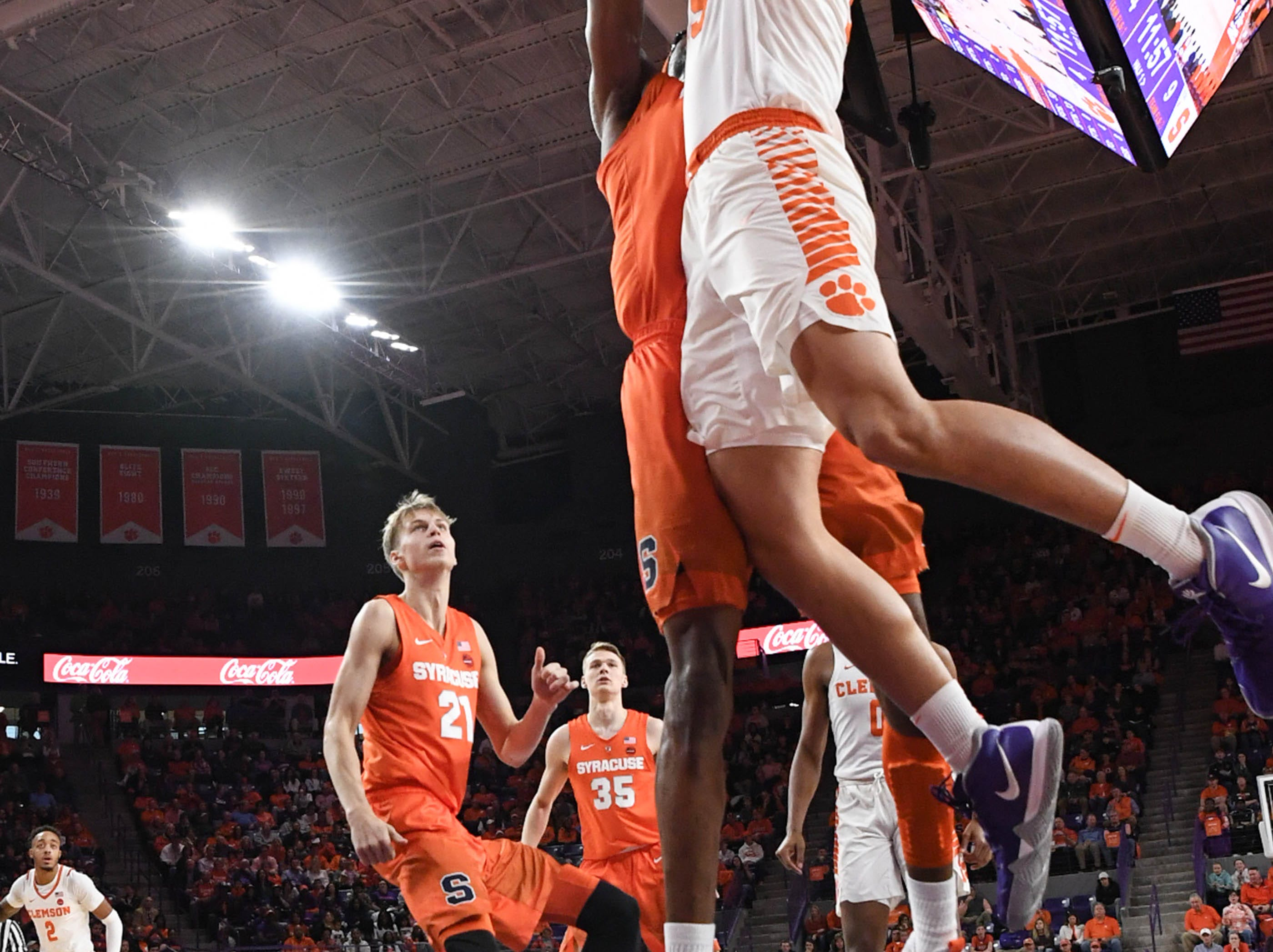 Clemson forward Javan White (32) attempts to dunk against Syracuse during the first half in Littlejohn Coliseum in Clemson Saturday, March 9, 2019.