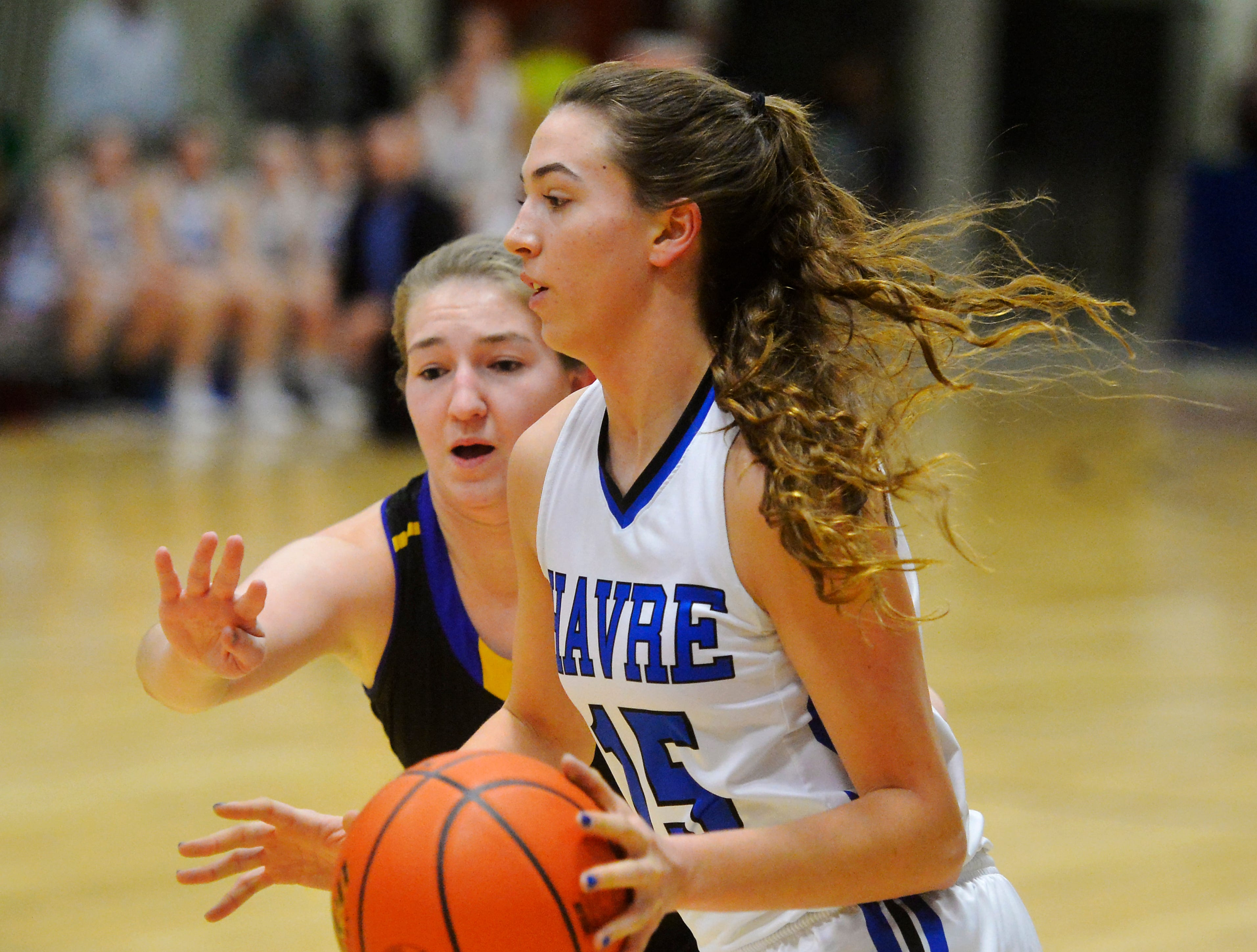 Havre's Loy Waid handles the ball during Friday's game against Laure in the semifinal round of the State Class A Basketball Tournament in the Four Seasons Arena, Friday.