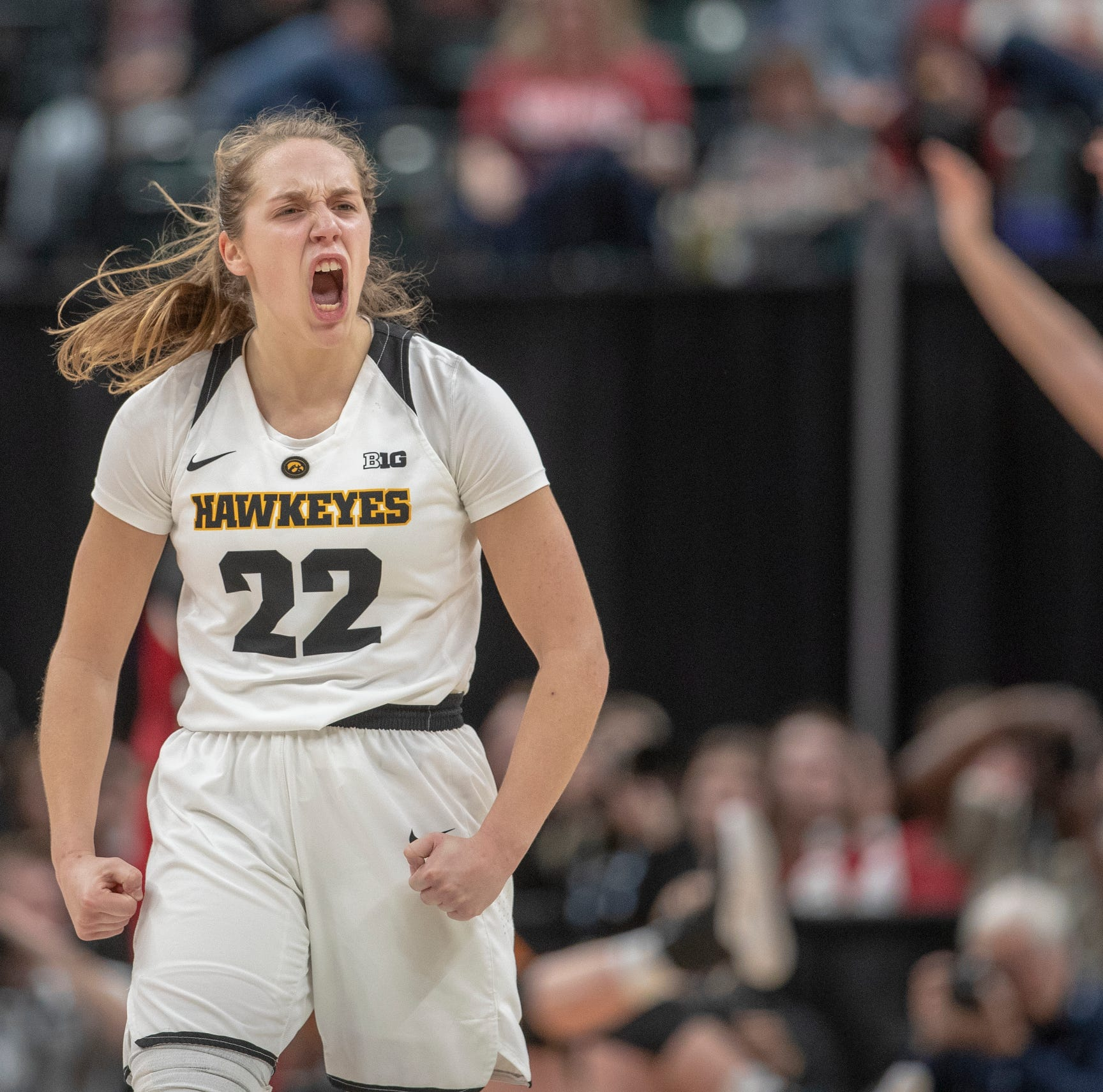 Leistikow: A true team win for Hawkeye women, who are closing in on history