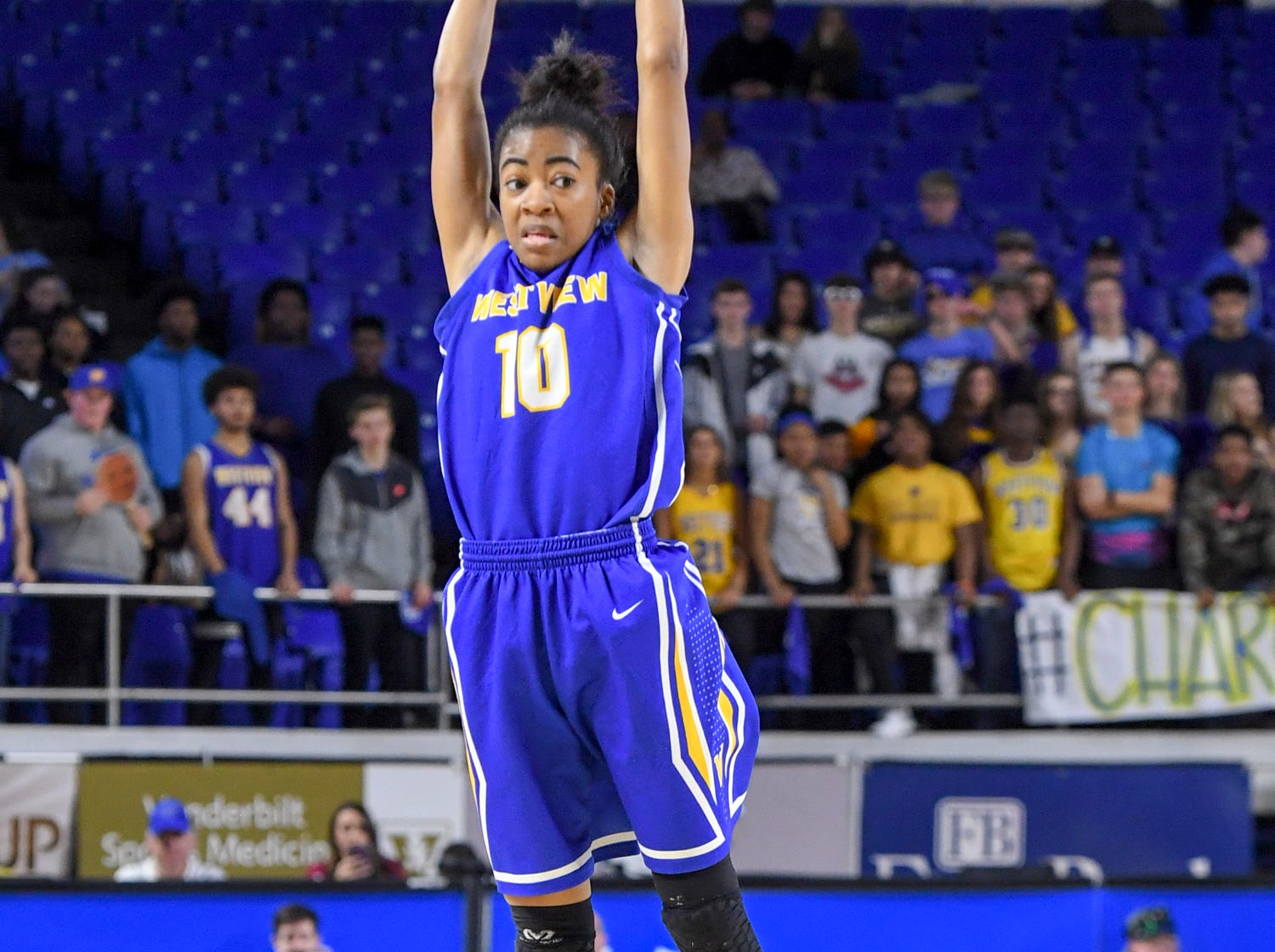Westview's Zanasha Gadlen (10) reaches up to grab a pass during their Class AA championship game against Cheatham County, Saturday, March 9, 2019, in Murfreesboro.