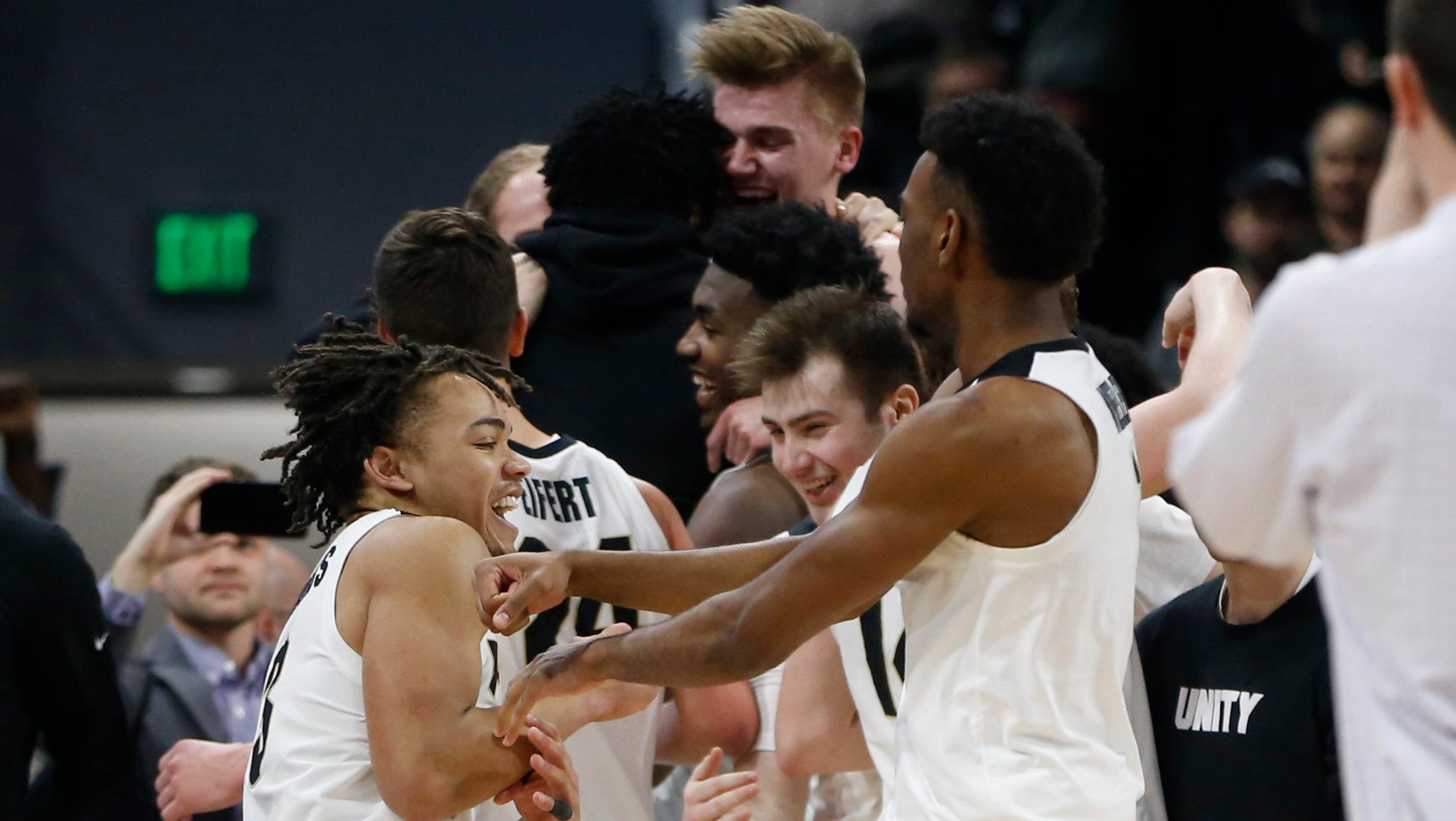180408947b9a Insider  Purdue basketball extends its Big Ten championship tradition in  fitting style